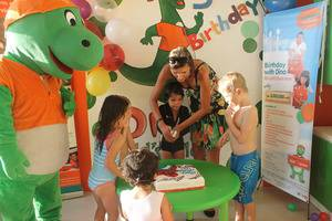 HARRIS Hotel Kuta - Dino kids club