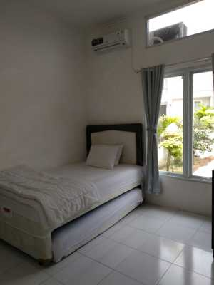 Algira Townhouse (Guest House) Bogor - New Room Twin