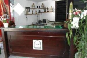 Lie Mas Hotel Pasuruan - Resepsionis