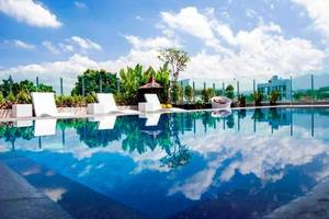 de JAVA Hotel Bandung - Swimming Pool