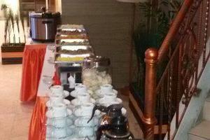 The Gloria Suites Jakarta - sarapan pagi 1