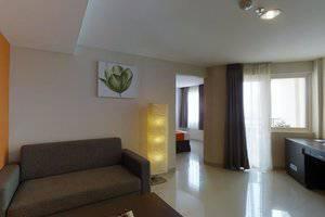 The Gloria Suites Jakarta - SEB HR 2