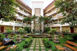 Puri KIIC Golf View Hotel Karawang - Eksterior