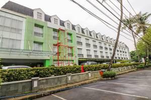 NIDA Rooms Tebet Pancoran Statue Dukuh Patra Raya Jakarta - Tampilan Luar Hotel