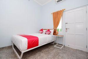 OYO 1183 Kalimaya Residence Syariah