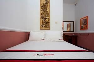 RedDoorz at Condong Catur 2 Wijaya Kusuma - Room