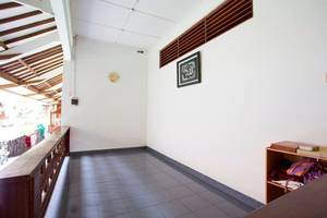 RedDoorz at Condong Catur 2 Wijaya Kusuma - Interior