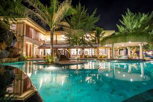 Hotel Villa Ombak Lombok - Kolam renang utama