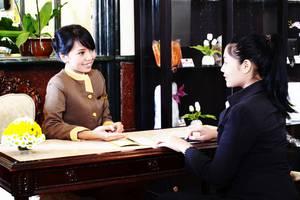 Hotel Jayakarta Jakarta - Receptionist