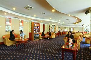 Hotel Horison Semarang - Borobudur executive lounge (06/Dec/2013)