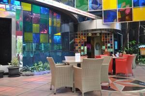 favehotel MEX Surabaya - restaurant