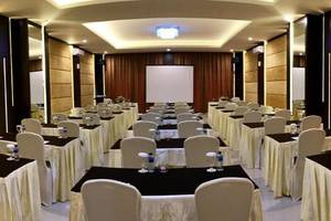 The Green Peak Hotel & Convention Bogor - Meeting room