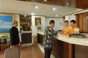 The Naripan Hotel Bandung - Resepsionis