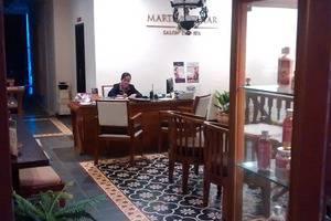 The Batik Hotel Medan - SALON