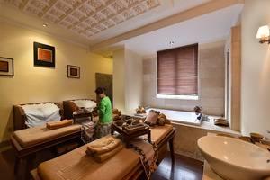 The Batik Hotel Medan - Martha Tilaar Outlet