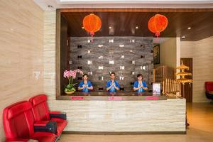 The Batik Hotel Medan - lobby