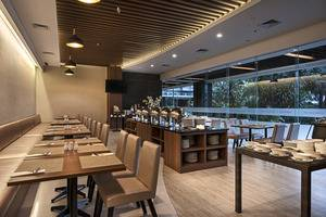 Grand Whiz Poins Square Simatupang - Restoran Andromeda