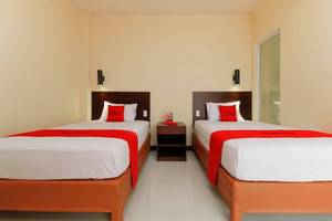 RedDoorz Plus near Halim Perdanakusuma 2 Jakarta -