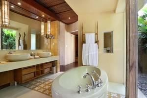 Waka Gangga Resorts Bali - Kamar Mandi