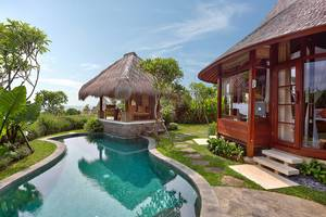 Waka Gangga Resorts Bali - Pool Ocean View Vilva
