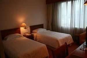 Twin Plaza Hotel Jakarta - Kamar Superior