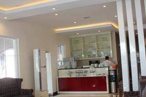 Vindhika Pangayoman Makassar - Resto