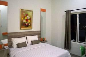 De Whitte Hotel & Pekanbaru - (22/Aug/2014)