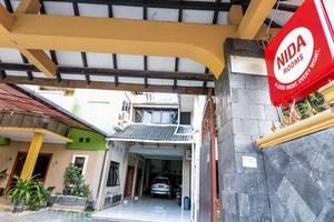 NIDA Rooms Raya Tajem Sambi Sari Jogja - Penampilan