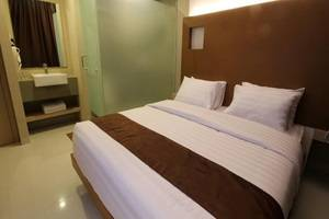 Sky Inn Express Hotel Batam - Express Double Room