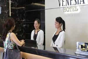 Venesia Hotel  Batam - Resepsionis