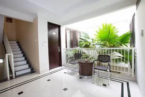 RedDoorz Plus near Pondok Indah Mall Jakarta - Interior