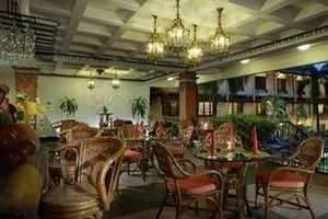 Prime Plaza Hotel Yogyakarta - Restoran Colombo
