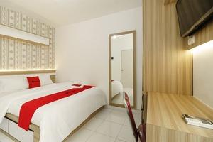 RedDoorz Apartment @ Aeropolis Tangerang