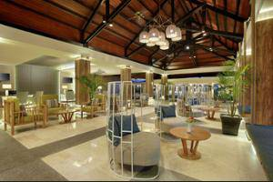 Mercure Manado Tateli Beach Resort Manado - Business Center