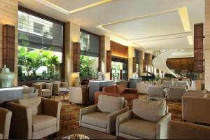 Eastparc Hotel Yogyakarta - Lobby Sitting Area