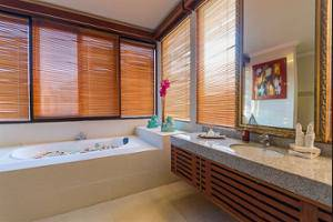Villa Sky House Bali - Bathroom