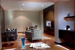 Novotel Mangga Dua Square Jakarta - Living Area