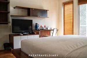 FLAT06 minimalist residence Jakarta - Kamar