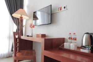 Prima SR Hotel & Convention  Yogyakarta - Fasilitas Kamar