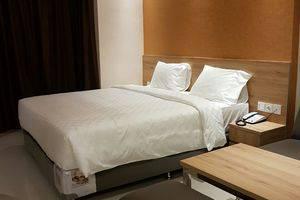 Wing Hotel Kualanamu Medan - Superior tempat tidur king ukuran