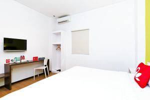 ZenRooms Mataram Catur Warga - Tempat Tidur Double