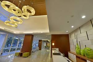 Whiz Hotel Bogor - LOBBY