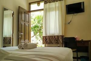 Ndalem Kilen Homestay Malang - Room
