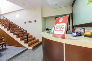 NIDA Rooms Depok Museum Affandi Jogja - Resepsionis