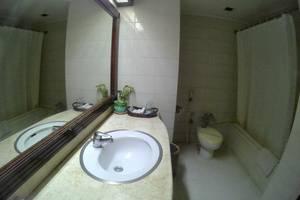 Hotel Agas International Solo Solo - Kamar mandi
