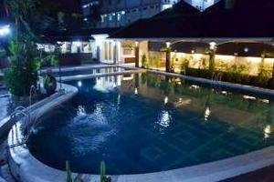 Ramayana Hotel Tasikmalaya - Swimming Pool