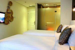 Couleur Hotel Cengkareng - Kamar superior twin