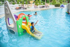 HARRIS Waterfront Batam - Kids Activities at Kids Pool