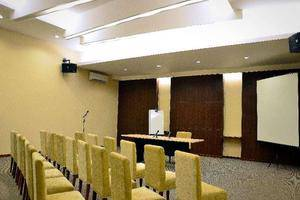 Feodora Hotel Grogol - Meeting Room