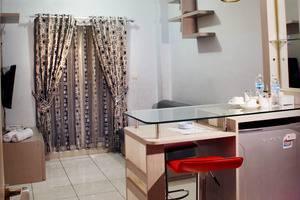 Two Nine Apartment Bekasi - Ruang tamu, dapur